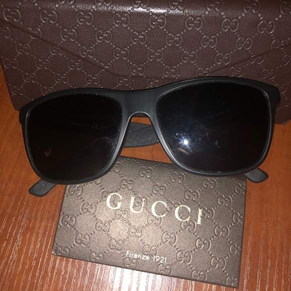 Gucci Other - Gucci Sunglasses 1047/S DL5P9